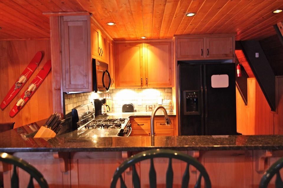 27861 Rainbow Drive Lake Arrowhead Ca Property Listing