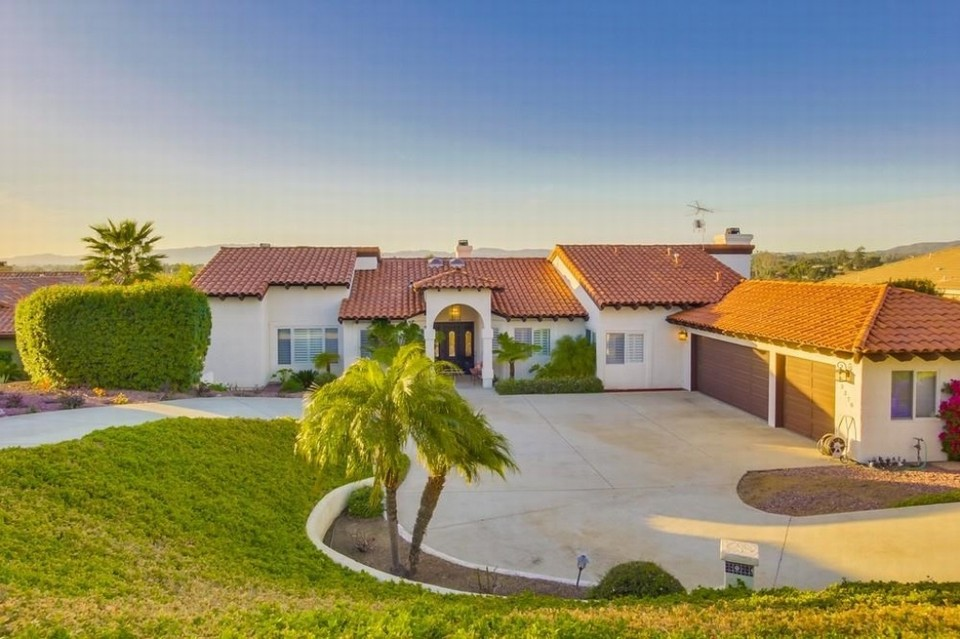 Newport Beach Real Estate property listing
